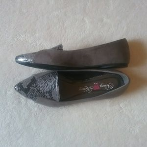 Penny Loves Kenny | Gray Suede Snakeskin Flats
